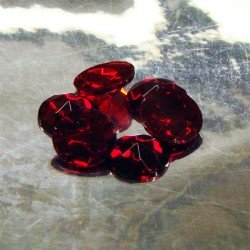 Ruby Crystal Sign Jewels 15mm